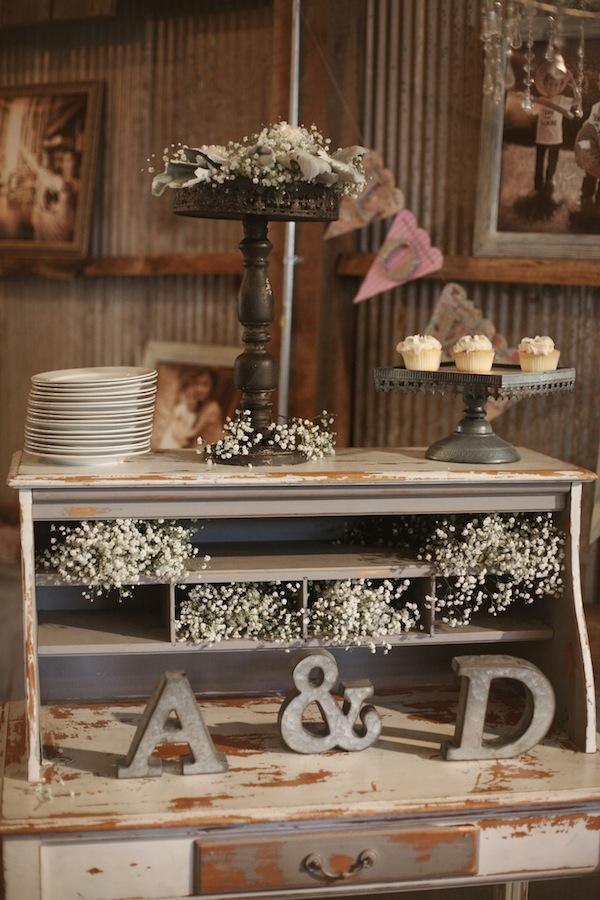 Southern Events, Shabby Chic Barn Wedding Nashvill, Photographix (22)