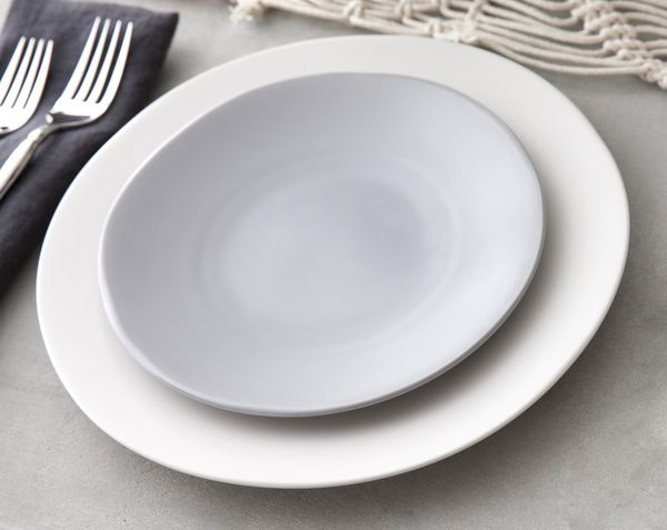 Earthen China Collection, Gray Off White Stoneware China, Southern Events (2)_600_477