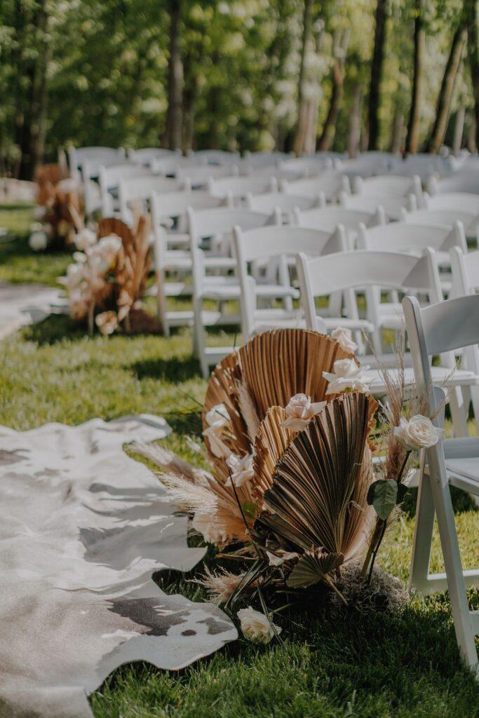 boho wedding aisle