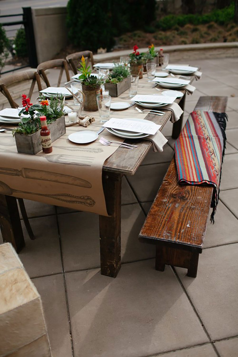 southern events online, rustic bench