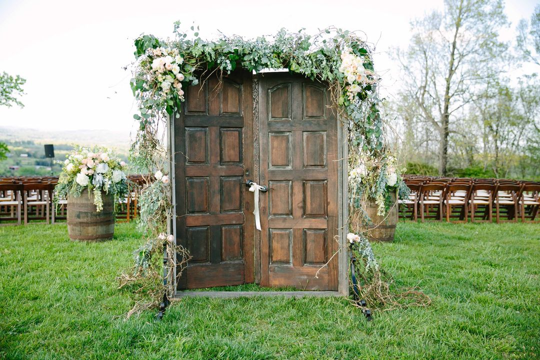 Wherever Your Ceremony Is We Have Unique Decor To Make The Place You And Partner Say I Do Even Sweeter Whether Youre Looking For Something Rustic