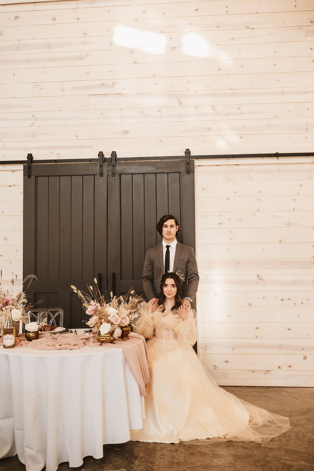 sweetheart table at Cranford hollow