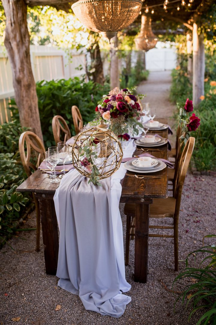 outdoor pastel purple chiffon table runner
