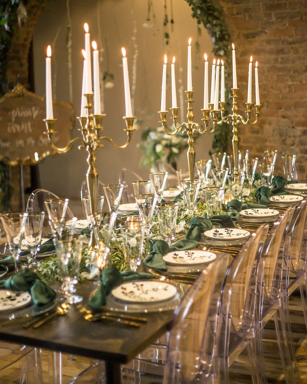 luxe gold and green wedding tablescape