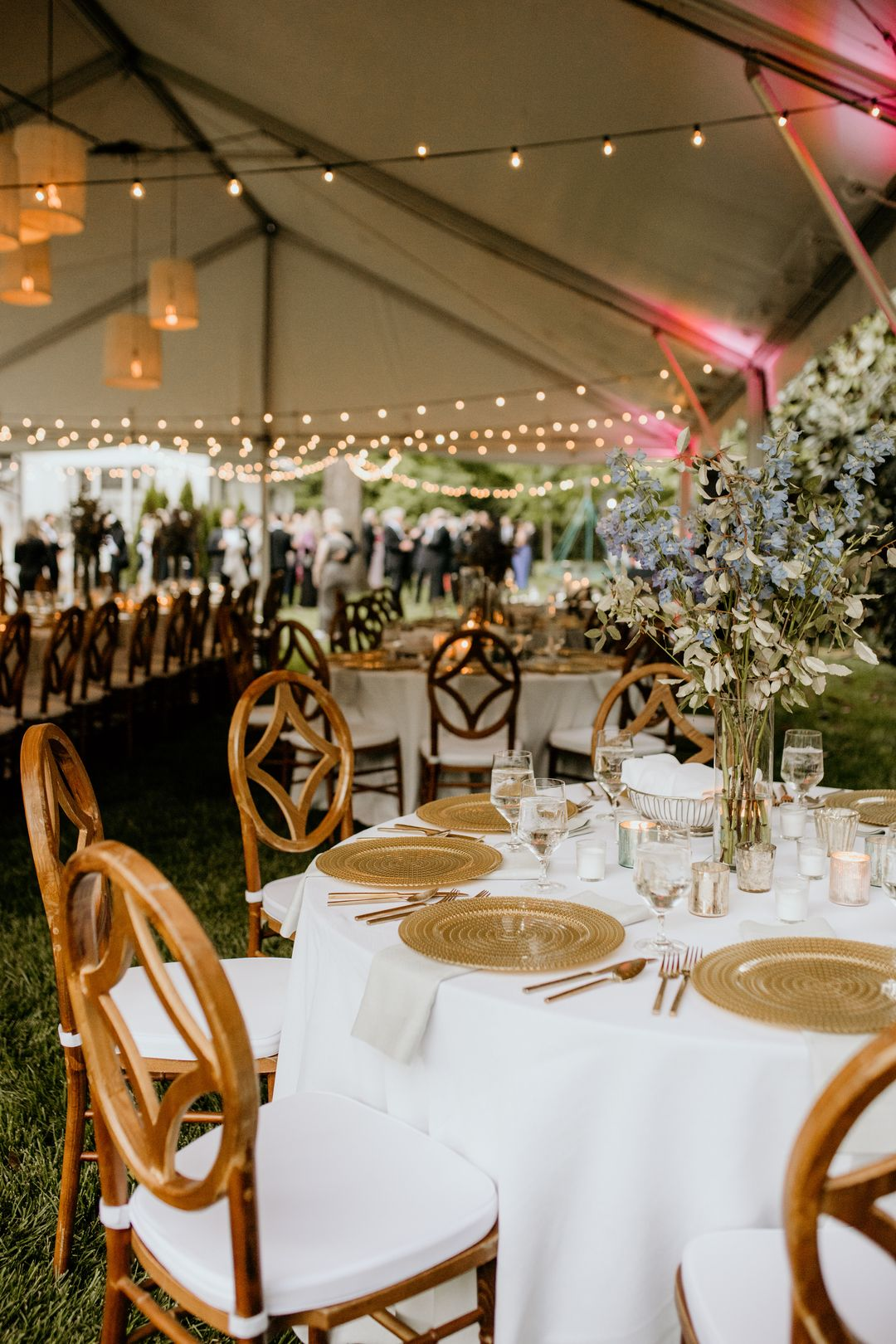 white and gold wedding tablescape