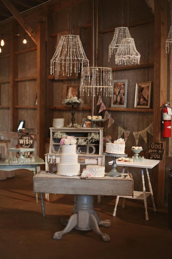 Southern Events, Shabby Chic Barn Wedding Nashvill, Photographix (20)
