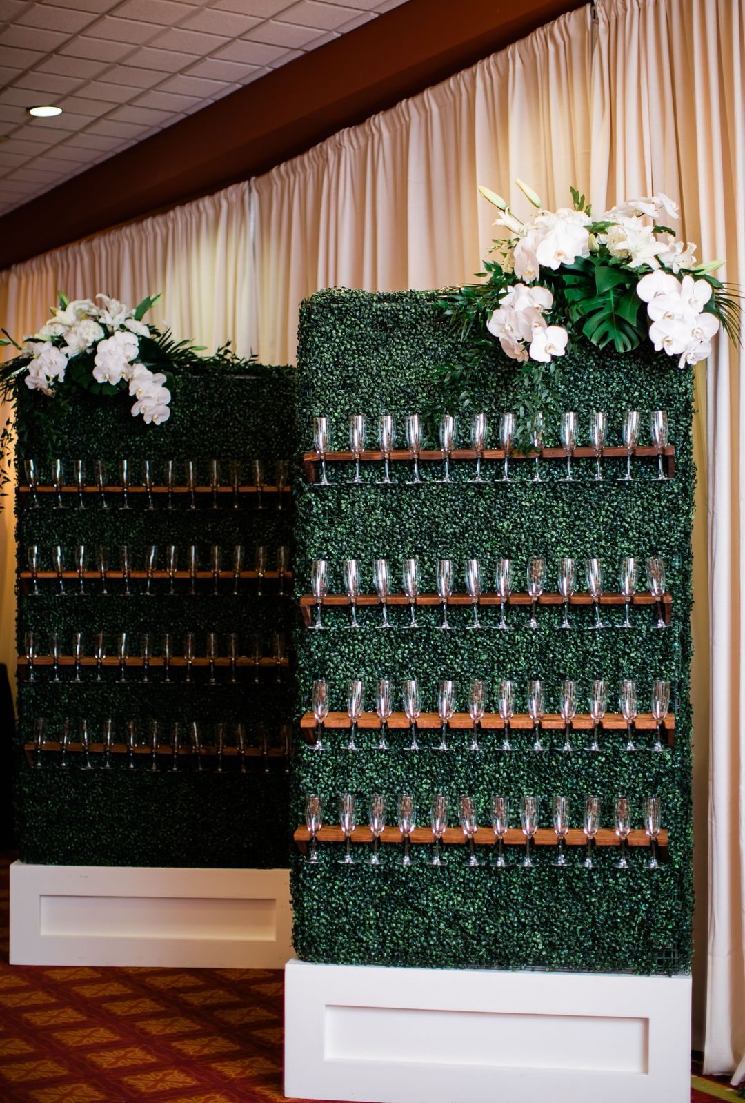 event champagne wall