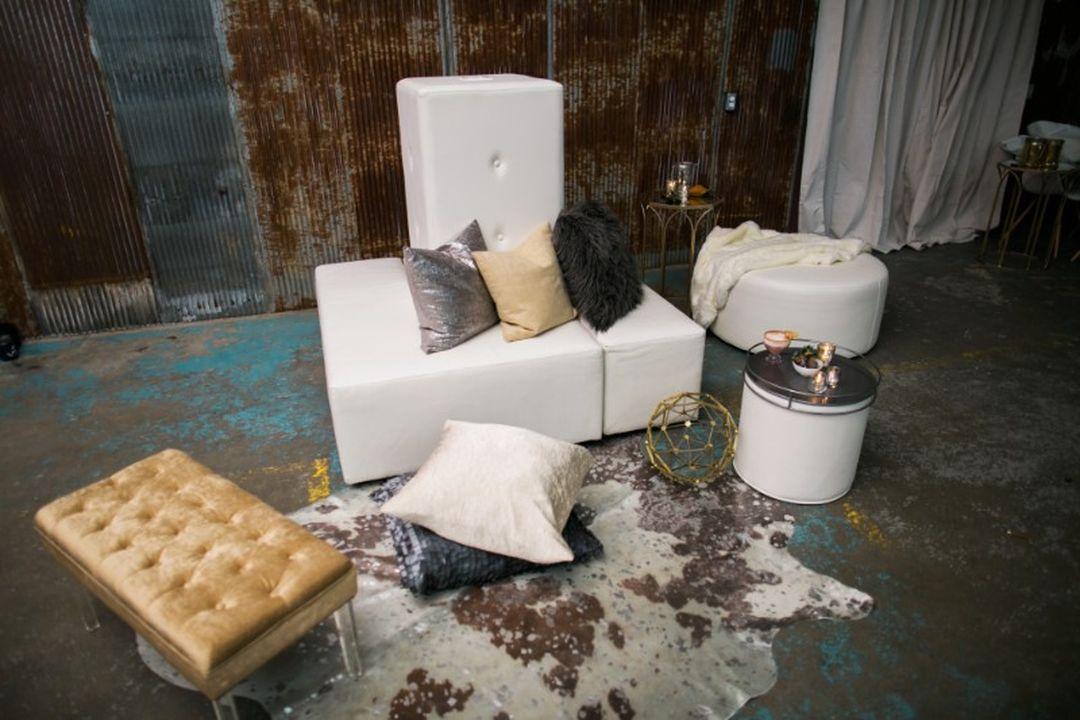 area rug and modular lounge furniture