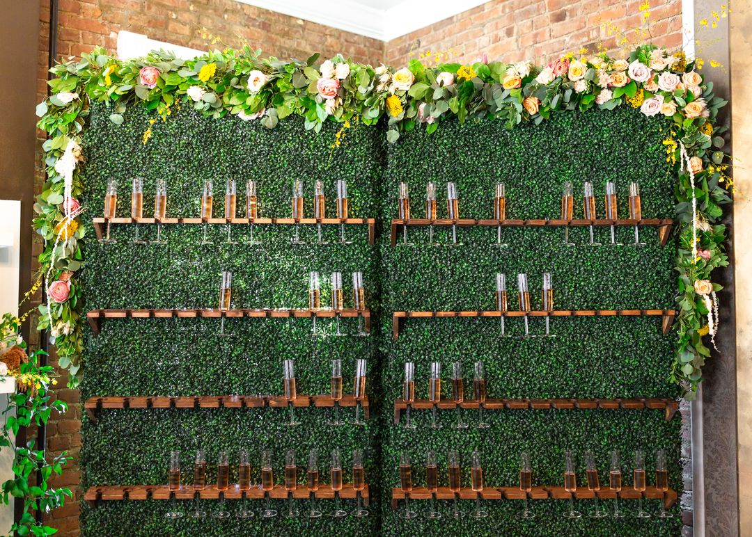 floral boxwood champagne wall